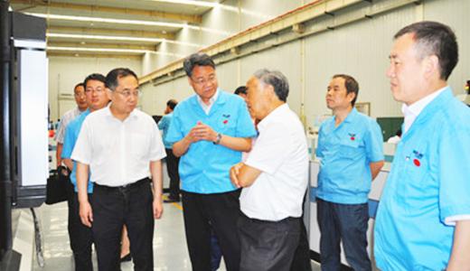 中国工程院院士、西交大教授卢秉恒一行莅临宝鸡机床考察