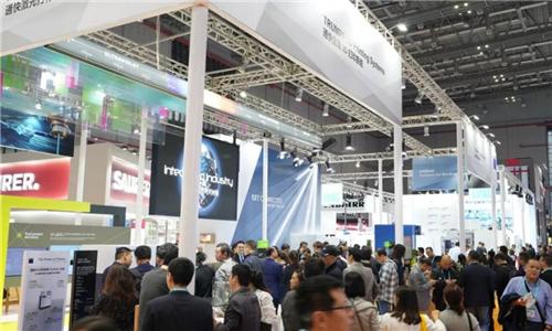 通快作为全球唯一一家激光钣金机床制造商受邀参展首届进博会