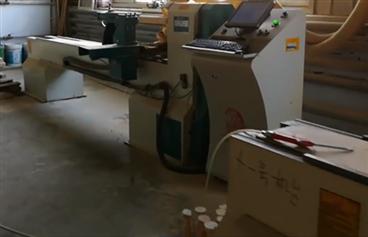 三台木工数控机床同时加工,真豪气的家具厂